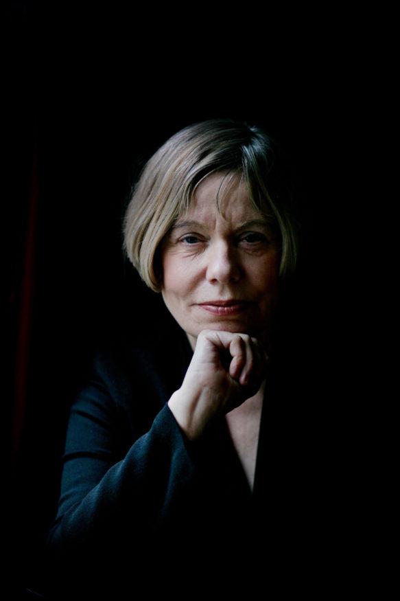 Expositie 'De passie van Karen Armstrong'